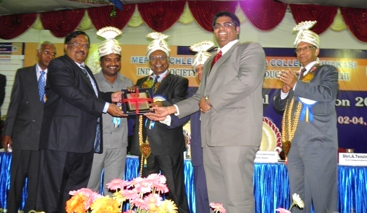 Bharathiya Vidya Bhavan National Award For The Engineering College Having Best Overall Performance